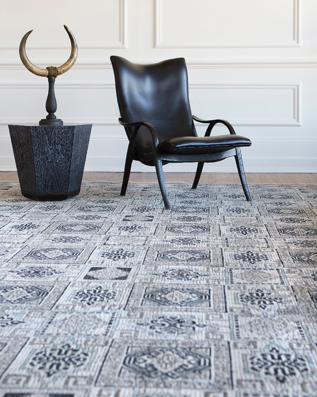 The Vespasian rug from the @lukeirwinrugs Mosaic...